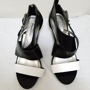 11W Black and White Shoes